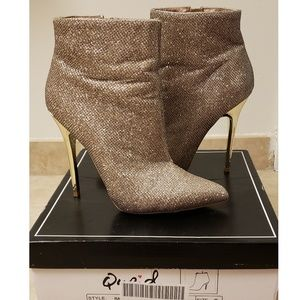 Gold shimmer glitter sparkle ankle bootie boot